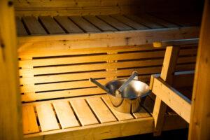 Hetta-Pallas vaelluspakettiin kuuluvan mökin sauna.